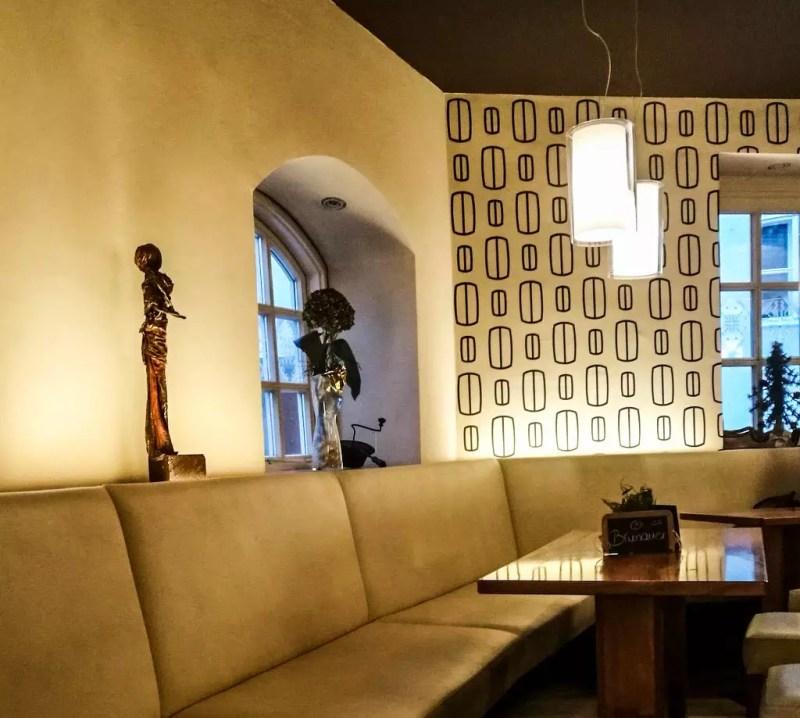 Café 220 Grad Gastraum