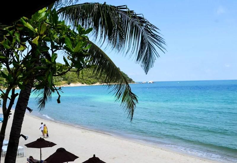 Strand vor dem Hotel Buri Rasa Phanagn