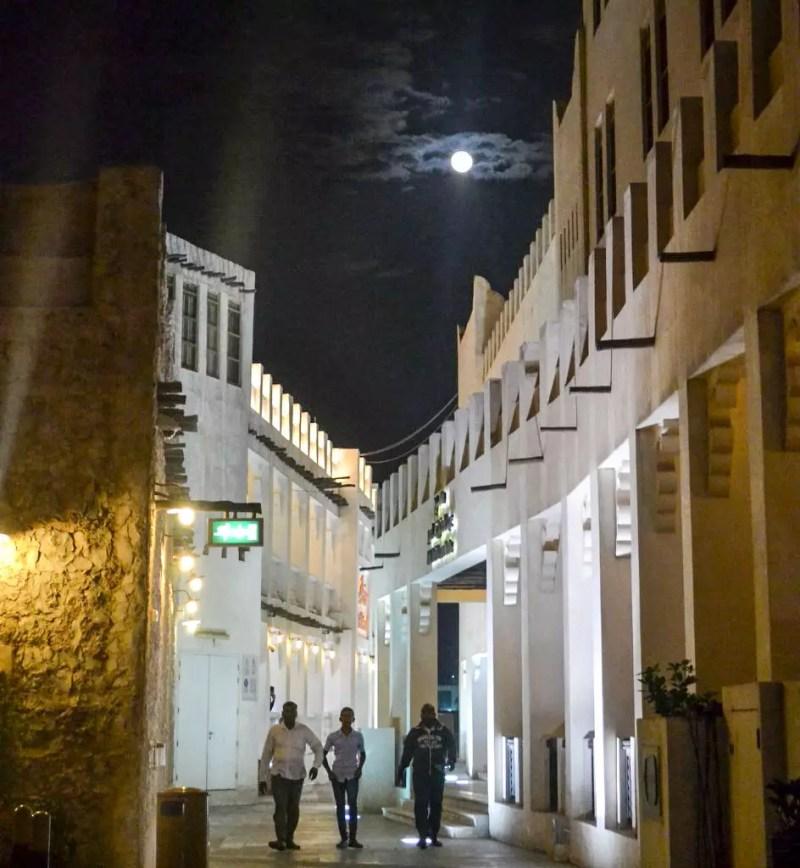 Souk in Doha bei Nacht