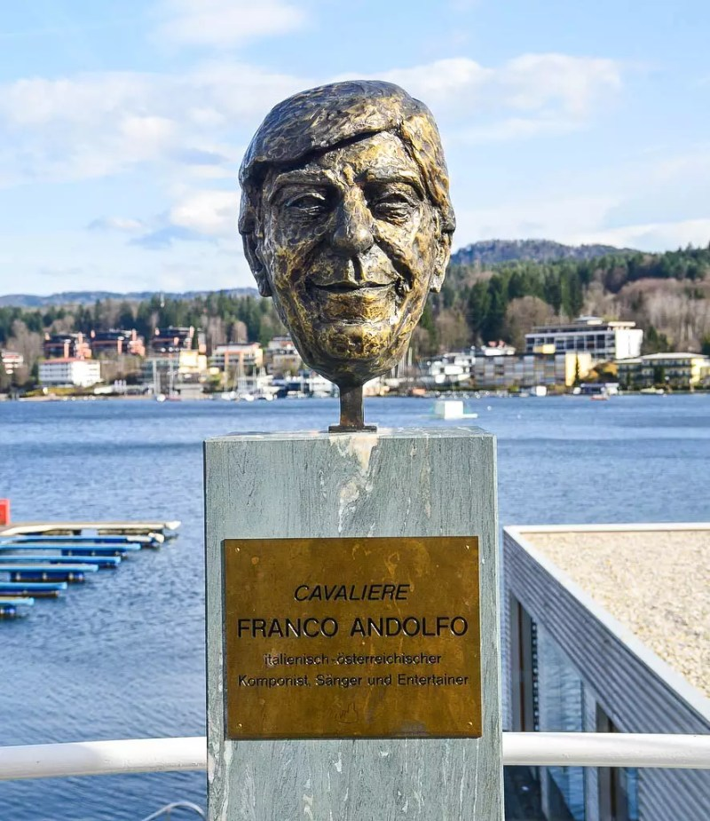 Büste Franco Andolfo