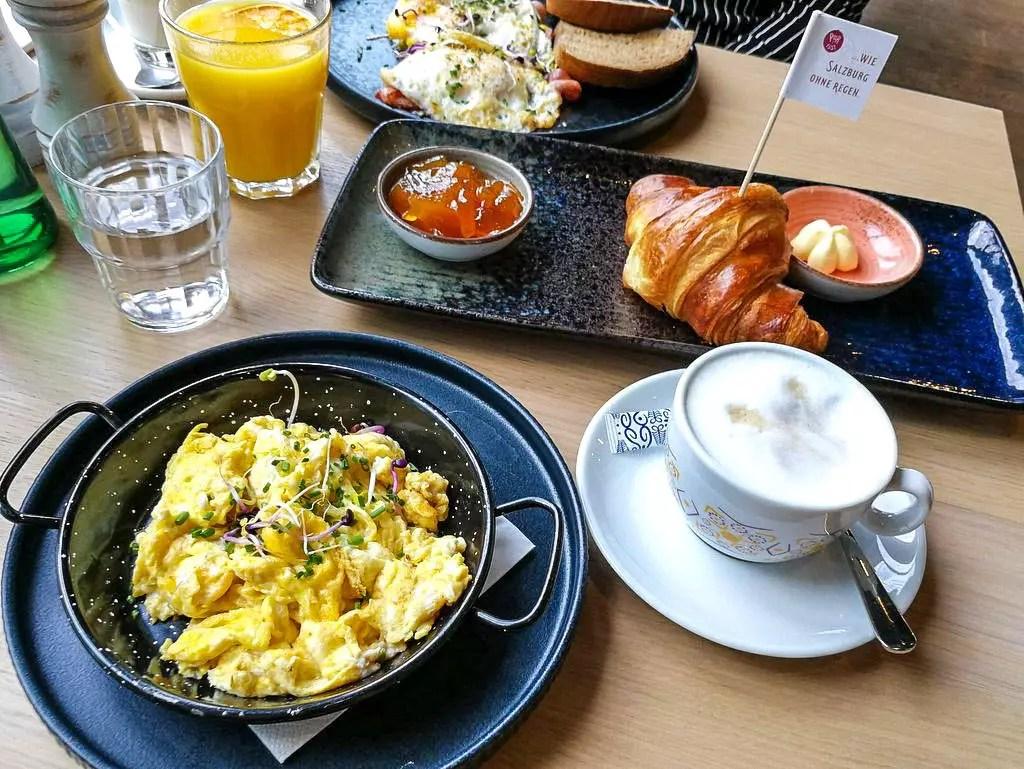Frühstück mit Eierspeis