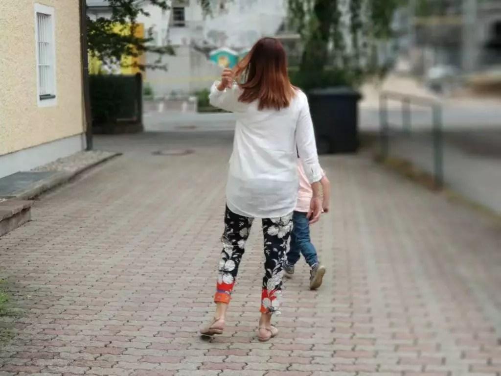 Rückenansicht Frau