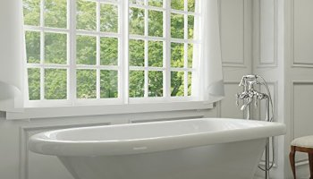 Luxury 54 inch Clawfoot Tub with Vintage Tub Design in White