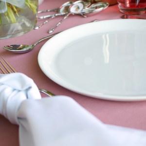 wit porseleinen bord