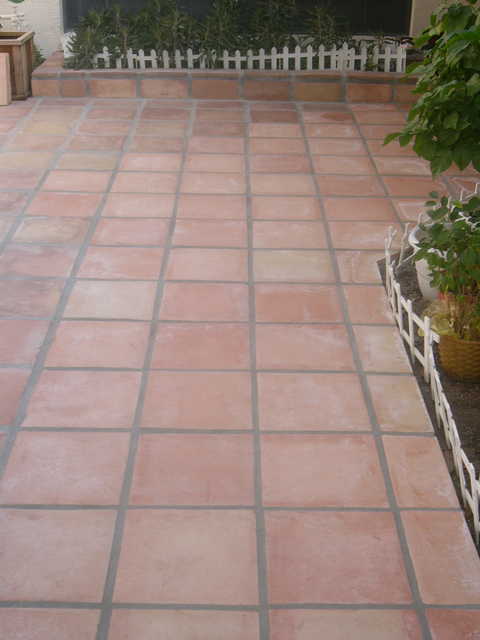 Red Clay Floor Tiles Manufacturers and Suppliers Market
