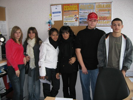 L'équipe d'animation de l'Accueil de Loisirs de Toussaint 2007