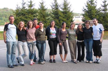 Une partie de l'équipe d'animation de cette session, avec, de droite à gauche : Frédéric, Martine, Nebewia, Carole, Solène, Céline, Julie, Julien, Carole, Sarah et Patrice !