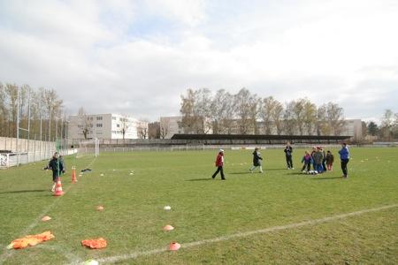 Durant l'après-midi les enfants ont, entre autres, pu pratiquer du football