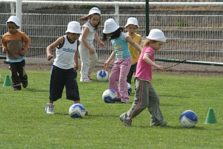 Le football avec le CSS Stiring