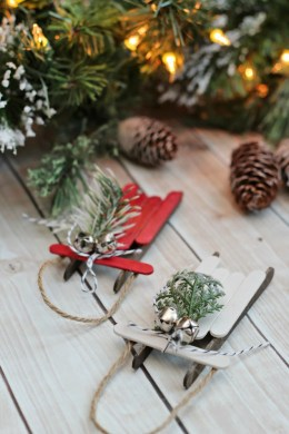 Popsicle stick sleds. These easy handmade Christmas ornaments can be dressed up or done as a simple kids Christmas craft.