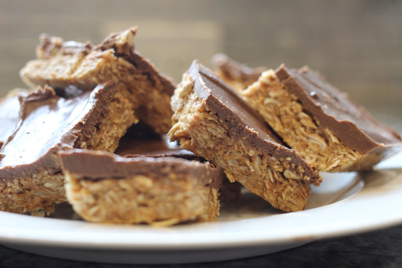 Peanut Butter Honey Oat Bars
