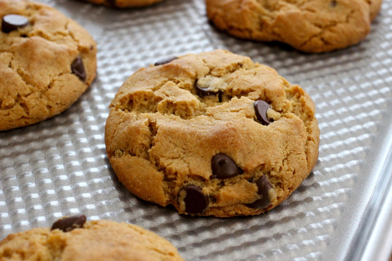 Chewy Chocolate Chip Cookies Cleanchefmessymom