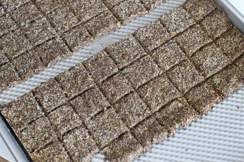 Homemade Flaxseed Crackers