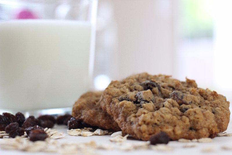 clean eating honey oatmeal cookies