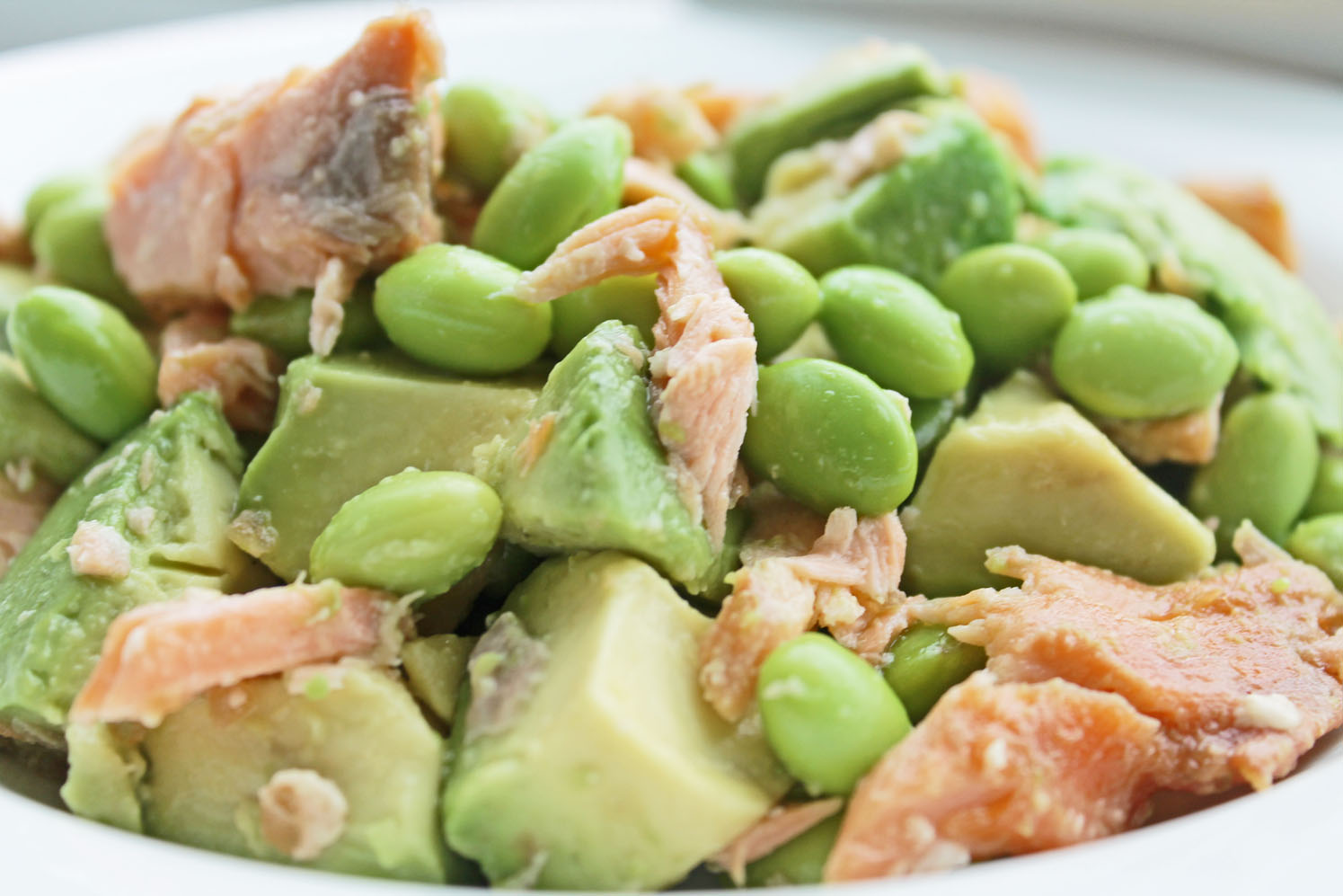 healthy dinner option for clean eating diet salmon avocado edamame