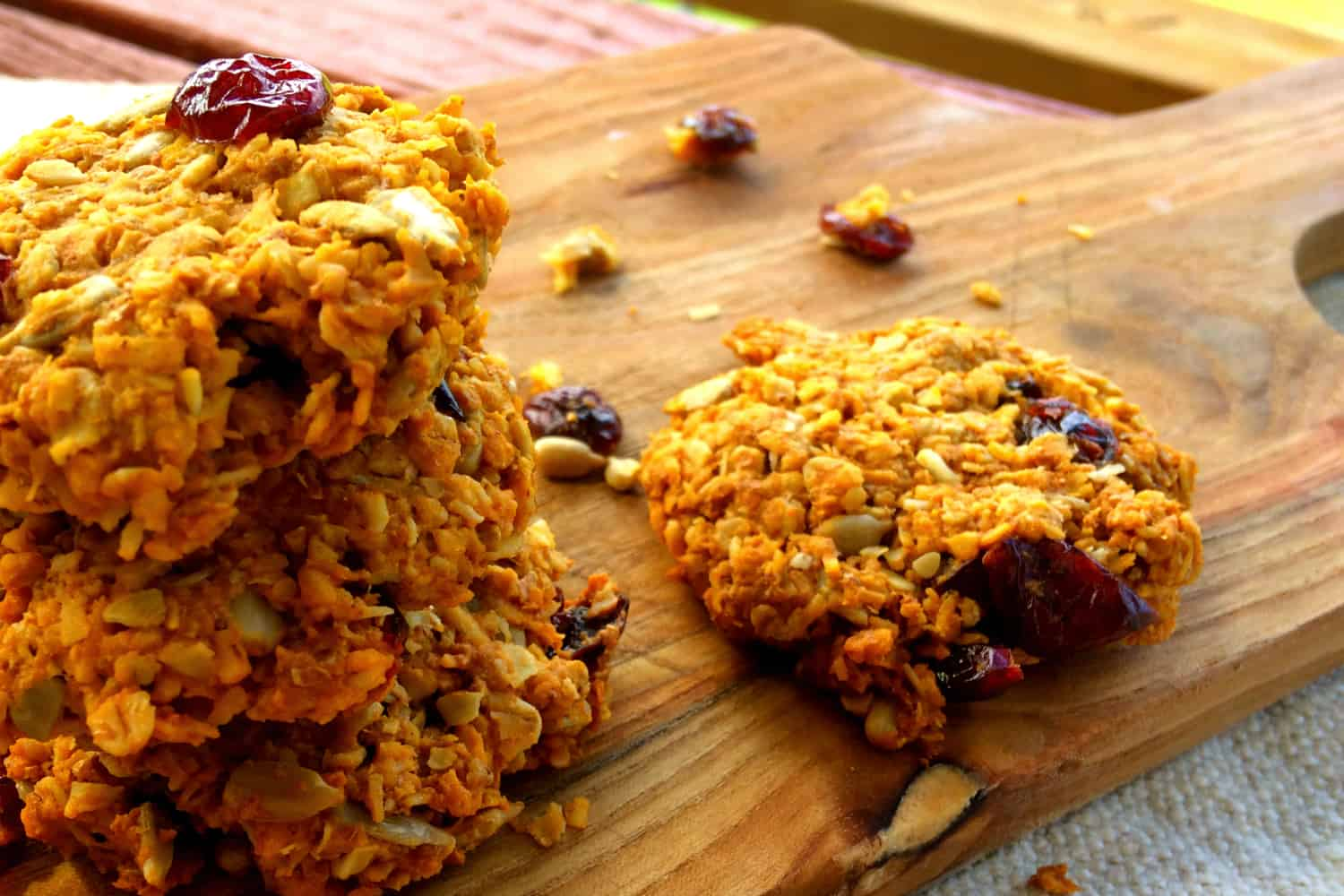 oatmeal coconut and cranberry cookies