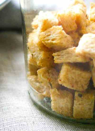 Clean eating crunchy garlic and herb croutons.