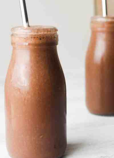 clean eating chocolate smoothie