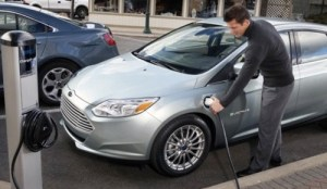Ford Focus Electric Car Price $39,200 – Review and Test Drive