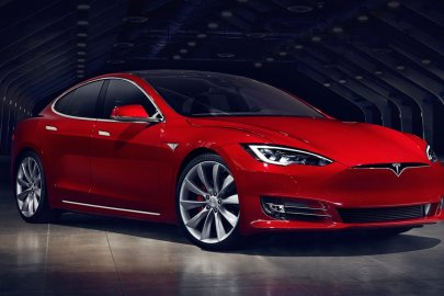 Tesla Model S, all-wheel drive car