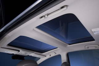 Prius v Five moonroof
