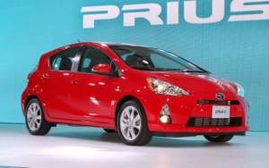 Top 10 Best-Selling High-MPG Cars in May 2013