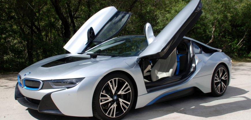 2015,BMW,i8