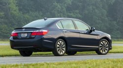 2015,Honda,Accord,Hybrid,mpg