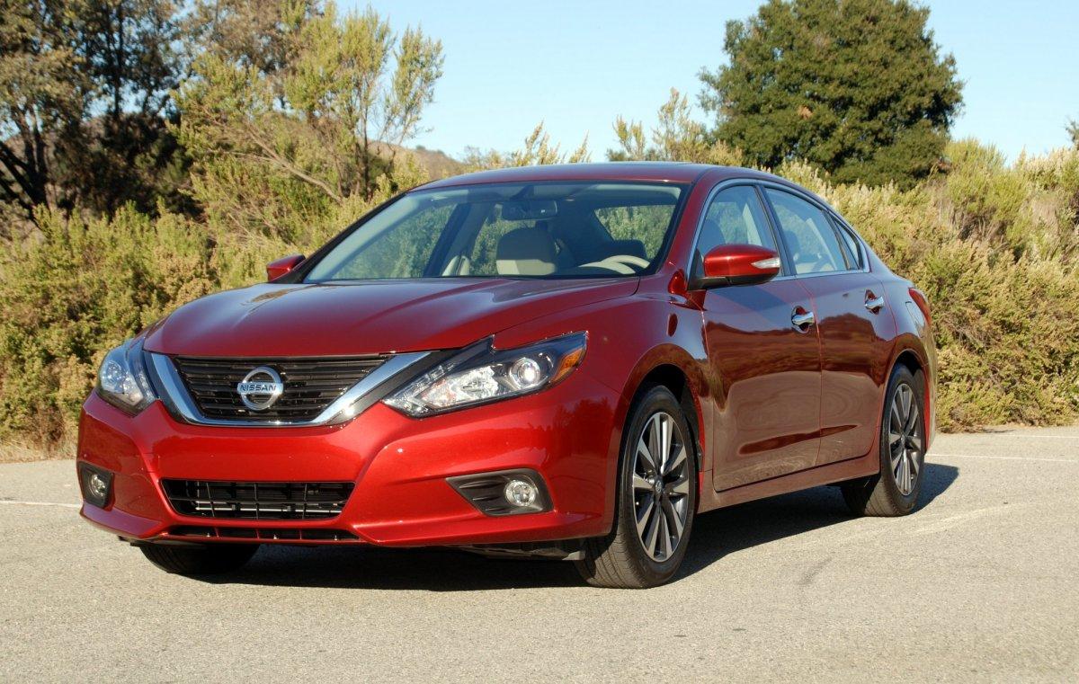 2016,Nissan,Altima,2.5L,handling