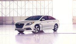 2016,Hyundai,sonata,Hybrid,plug-in
