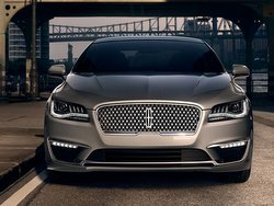 2017,Lincoln,MKZ,Hybrid,grill