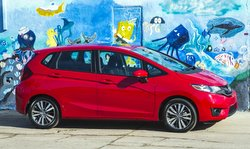 2016 Honda,Fit,performance,fuel economy