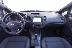 2016 Kia,Forte5,interior