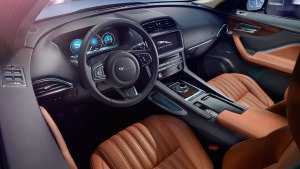 2017,Jaguar F-Pace,interior