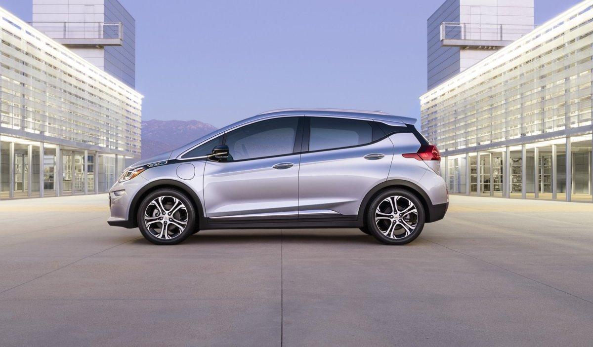 2017 Chevy Bolt,Chevrolet,EV,electric vehicle