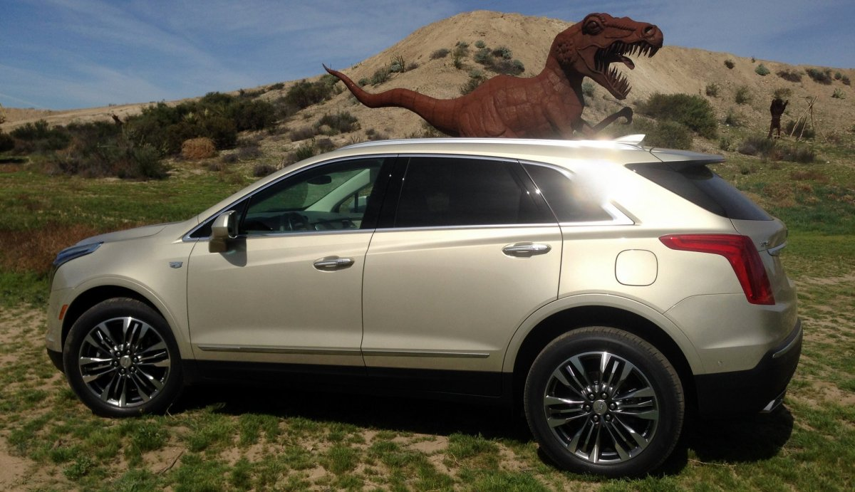 2017,Cadillac,XT5,AWD,SUV