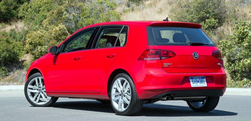 2016 Volkswagen Golf TSI