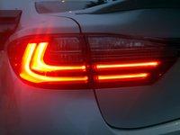 2016 Lexus ES 300h,mpg,lighting,fuel economy,technology