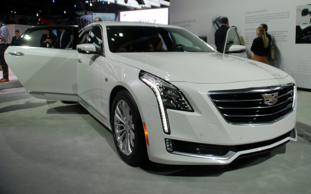News: 2017 Cadillac CT6 Plug-in Hybrid Due in Spring