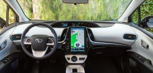 2017 Toyota Prius Prime, dash, technology