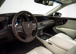 2018 Lexus LS 500, interior