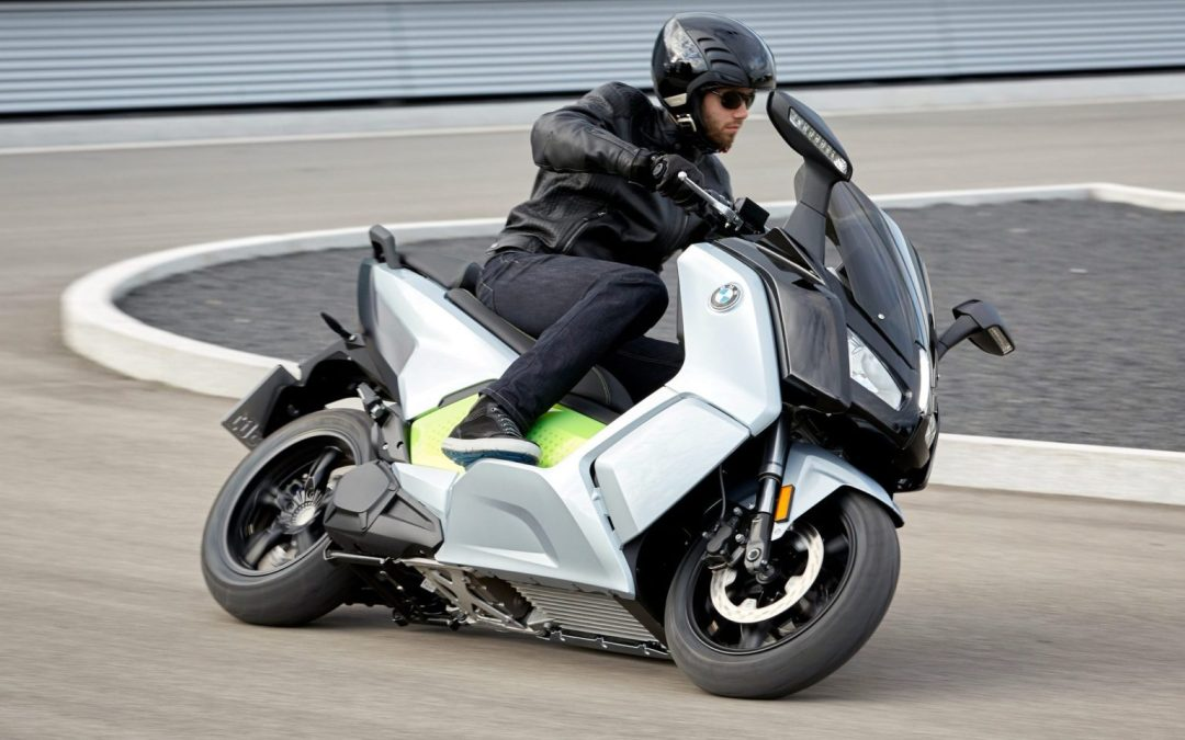 News: The New BMW C Evolution Electric Scooter Is a Game Changer
