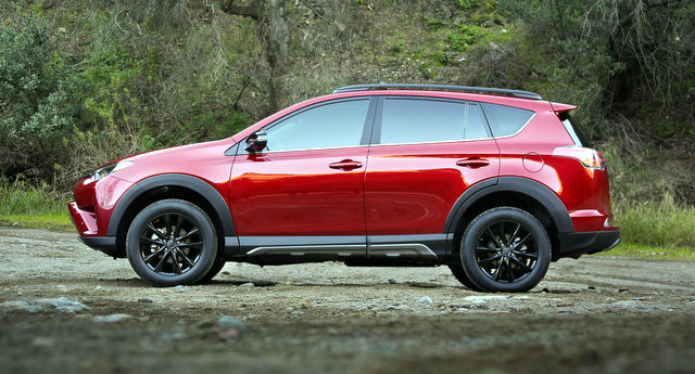 2018 Toyota RAV4 Advanture