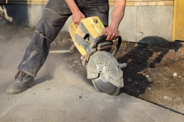 concrete-sawing-safety-tips
