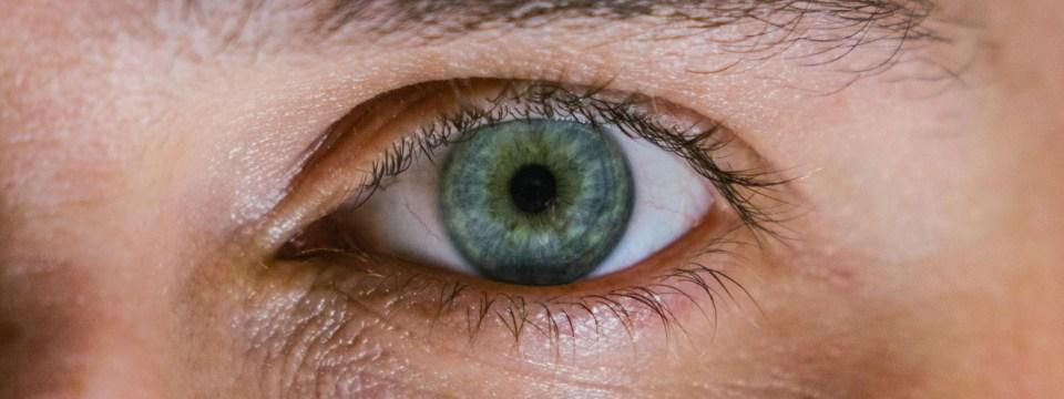 saggy-eyelids-problem