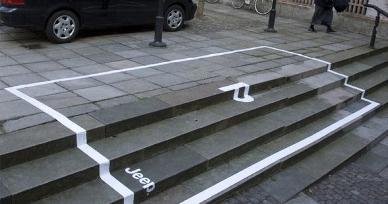 Buiten reclame campagne parkeerplaats over een trap