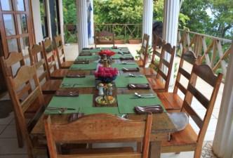 Rest_Lrge Table