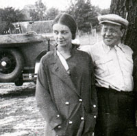 Isaac Babel and Antonina Pirozhkova, 1935 traveling in Ukraine.