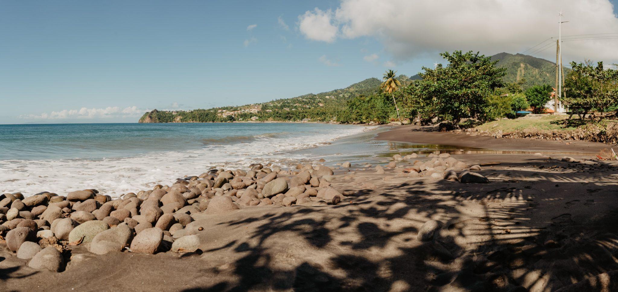 Douglas Bay, Dominique