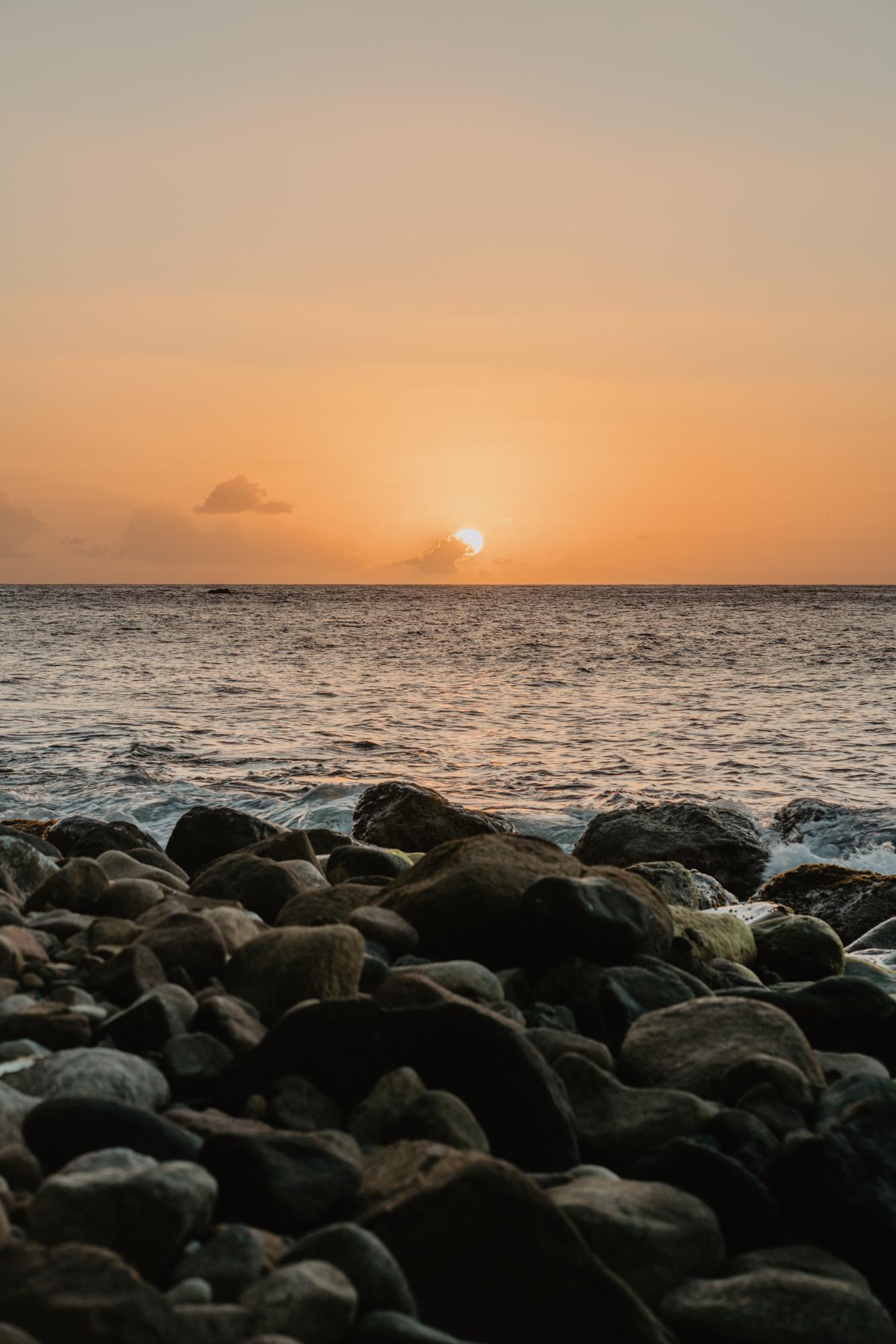 Coucher de soleil à Anse Couleuvre, Martinique